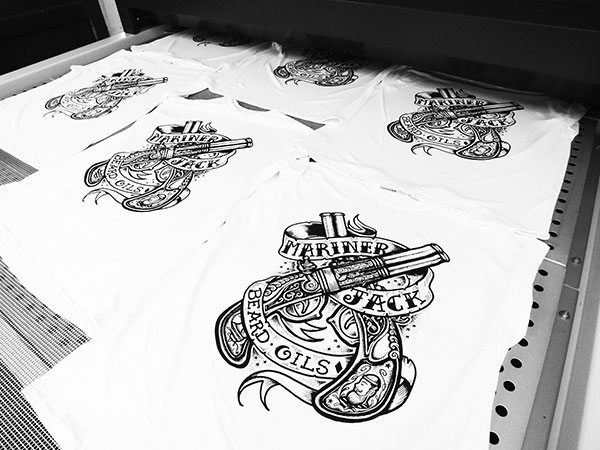 Evaluating the different methods of Custom T shirt printing for an impressive look!!